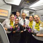 Vueling celebra el dia contra el cancer de mama