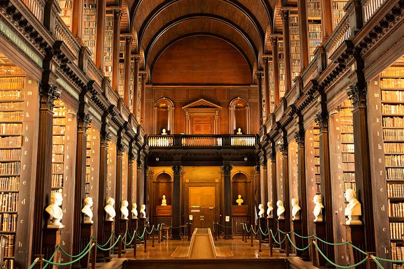Biblioteca del Trinity College de Dublín