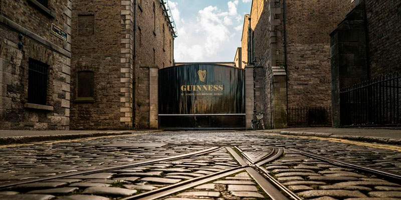Entrada de la fábrica de Guinness